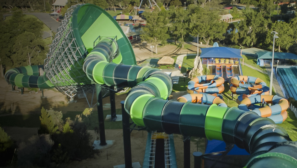 WATER SLIDE ADVENTURE WORLD PARK PERTH